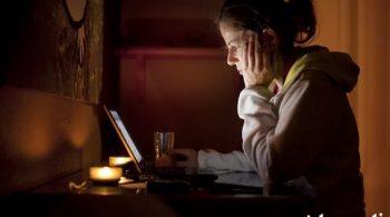 نشانه های اعتیاد به اینترنت و پیامدهای آن برای کودکان